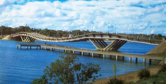 Puente_Barra_Maldonado_(Punta_del_Este)